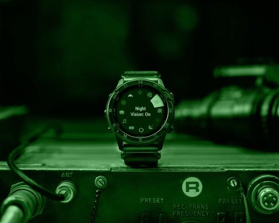 Garmin tactix Delta Solar - đồng hồ GPS có thiết kế tiêu chuẩn quân đội ảnh 3