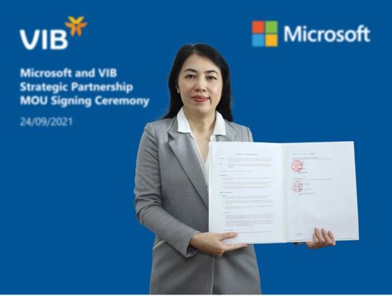 VIB hợp tác Microsoft sử dụng Microsoft Azure ảnh 1