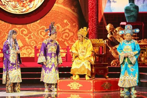 Táo quân 2019: Ngọc Hoàng xuống hạ giới 'đi bão', mừng chiến thắng của  đội tuyển Việt Nam ảnh 1