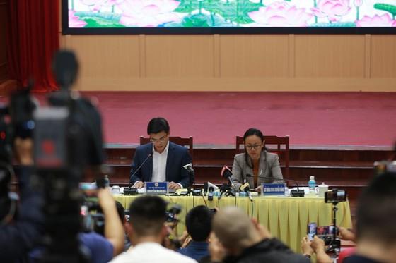 Bà Phạm Thị Yến bị phạt 5 triệu đồng và bị 'trục xuất' khỏi chùa Ba Vàng ảnh 1