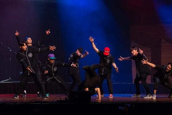 Nhiều hạt nhân âm nhạc trẻ xuất hiện trong lễ hội dành cho người yêu Kpop ảnh 2
