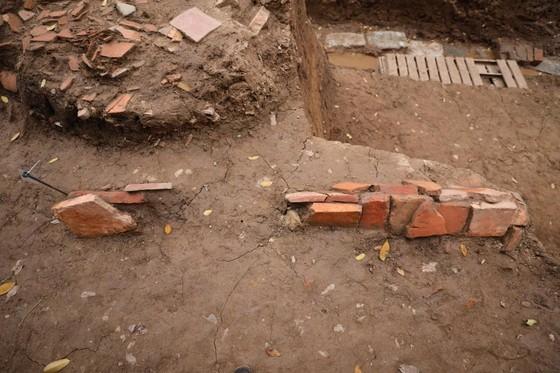 Phát lộ nhiều dấu tích mới tại Hoàng Thành Thăng Long ảnh 3