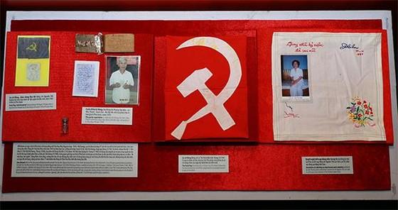 Hơn 300 tư liệu, hình ảnh xúc động tại triển lãm 'Chiến sĩ cách mạng bị địch bắt tù đày' ảnh 3