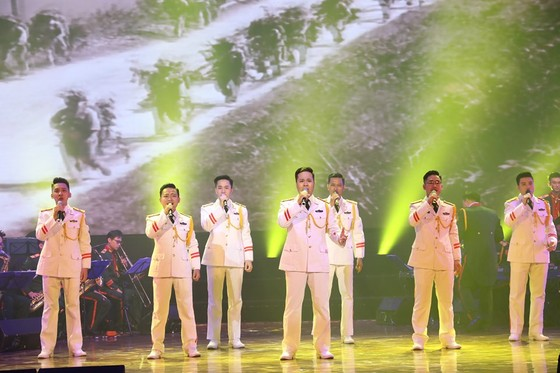 700 nghệ sĩ tụ hội về Quảng Trị trong tháng 7 lịch sử ảnh 1