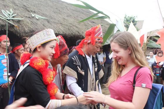 Giao UBND TP Hà Nội chủ trì xây dựng đề án Làng Văn hóa du lịch các dân tộc Việt Nam  ảnh 1