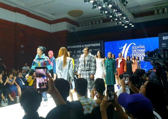 Khởi động Tuần lễ thời trang Quốc tế Việt Nam Thu đông 2019 ảnh 1