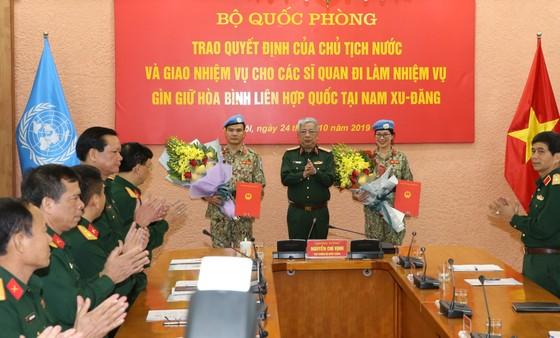 Cử 2 sĩ quan tham gia Lực lượng Gìn giữ hòa bình Liên hiệp quốc ảnh 1