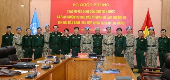Cử 2 sĩ quan tham gia Lực lượng Gìn giữ hòa bình Liên hiệp quốc ảnh 2