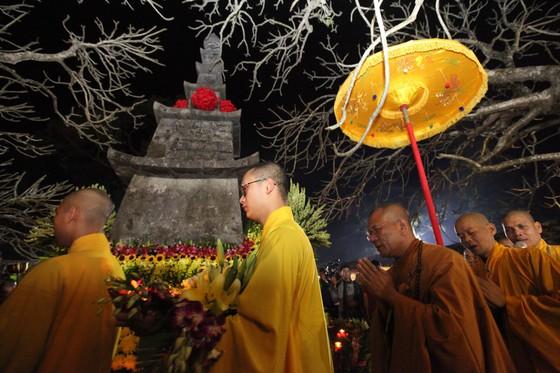 Đại lễ tưởng niệm 711 năm Đức Vua - Phật Hoàng Trần Nhân Tông nhập Niết Bàn ảnh 2