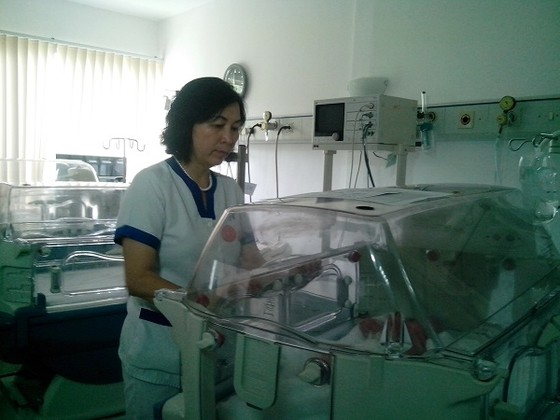 'Món quà vô giá' - chuyện về những bác sĩ nơi tuyến đầu chống dịch ảnh 1