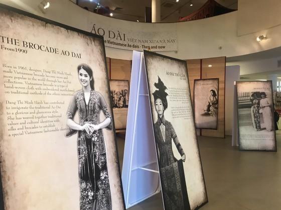 Xây dựng hồ sơ di sản phi vật thể về áo dài Việt Nam ảnh 2
