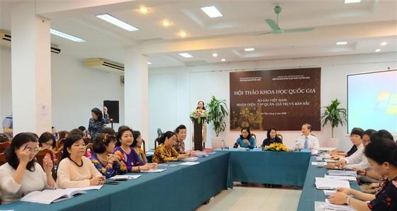 Xây dựng hồ sơ di sản phi vật thể về áo dài Việt Nam ảnh 1