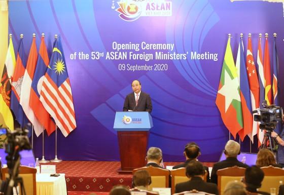 Hội nghị Bộ trưởng Ngoại giao ASEAN lần thứ 53: Gắn kết, chủ động và trách nhiệm là 'thương hiệu' của ASEAN ảnh 1