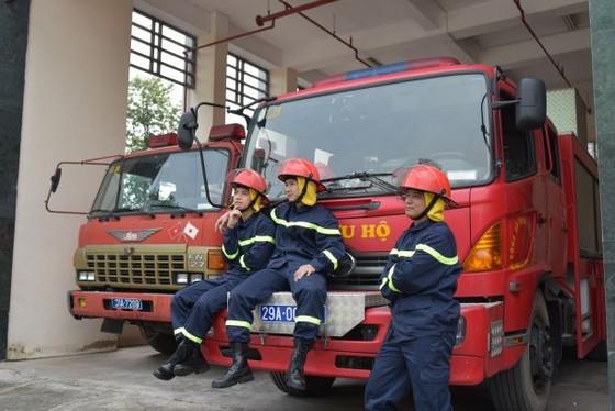 Lửa ấm - chuyện đời, chuyện nghề của những lính cứu hỏa ảnh 2