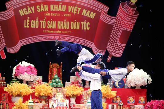 Đông đảo nghệ sĩ tham dự Giỗ Tổ sân khấu ảnh 2