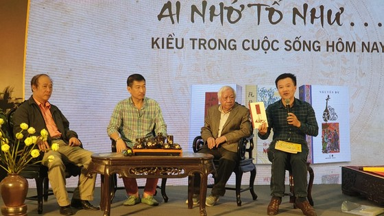 Nhiều hoạt động kỷ niệm 200 năm ngày mất Đại thi hào Nguyễn Du    ảnh 2