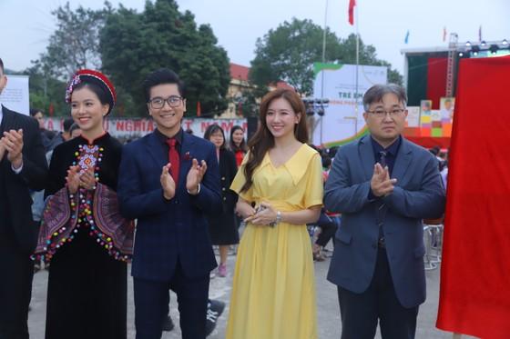 H'Hen Niê, Hari Won là đại sứ phòng chống nạn kết hôn sớm ảnh 3