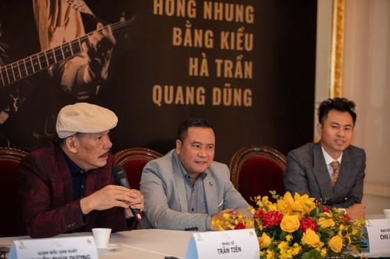 Nhạc sĩ Trần Tiến hát 'Không gục ngã' sau tin đồn qua đời vì bạo bệnh ảnh 2