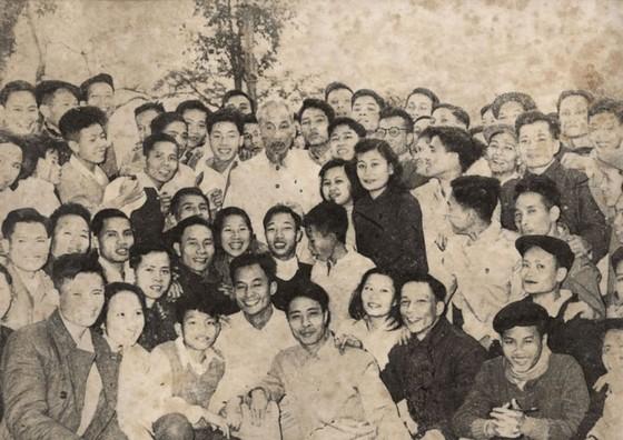 Báo Nhân Dân kỷ niệm 70 năm ra số đầu  ảnh 1