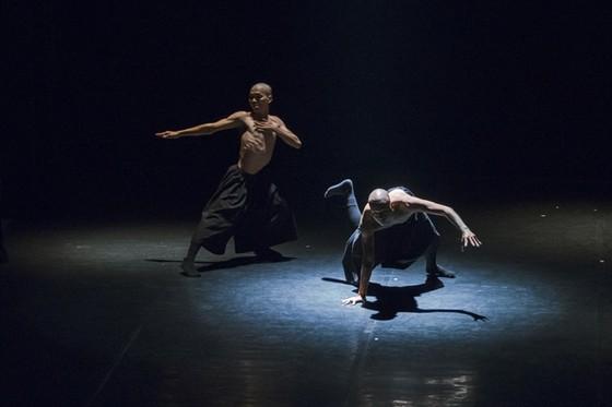 Thổi hồn dân gian vào nghệ thuật múa đương đại ảnh 1