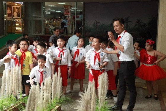 Sôi động chương trình giáo dục trải nghiệm tại Bảo tàng Hồ Chí Minh ảnh 1