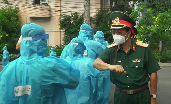 Phổ nhạc bài thơ 'Sài Gòn chống dịch' của tác giả Trương Hòa Bình ảnh 1