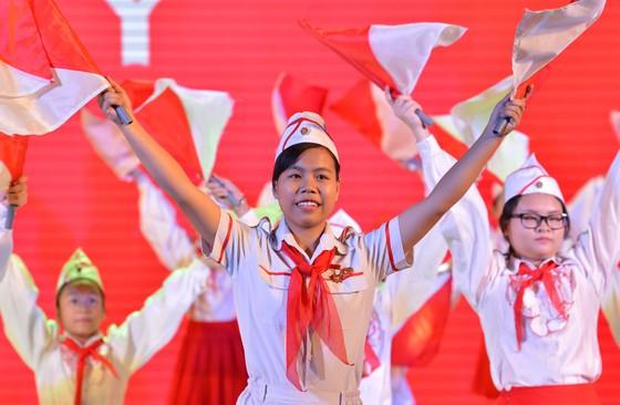 Tuyên dương 10 công dân trẻ tiêu biểu TPHCM năm 2017 ảnh 5