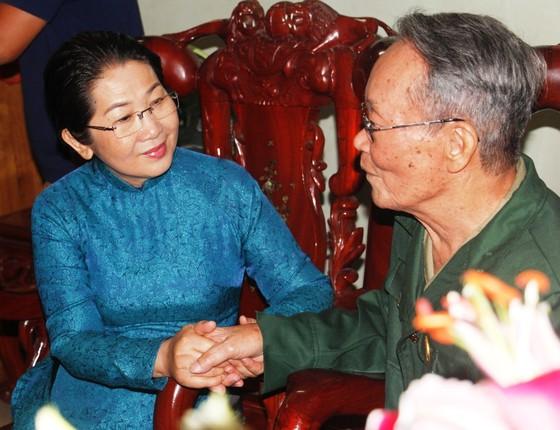 Lãnh đạo TPHCM thăm, chúc thọ người cao tuổi   ảnh 2