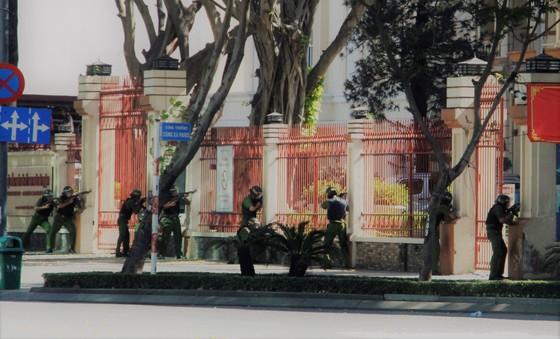 Hơn 4.000 người tham gia diễn tập chống khủng bố ở TPHCM ảnh 6