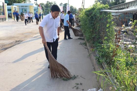 Người dân quận Bình Tân, quận 12 tổng vệ sinh môi trường ảnh 3