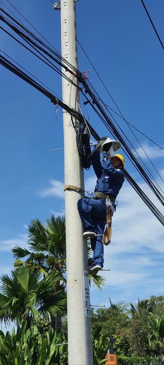 Tuổi trẻ ngành điện TPHCM thực hiện nhiều hoạt động tình nguyện tại đảo Thổ Chu ảnh 3