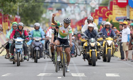 Ngọc Sơn và Thành Tâm rút lui khỏi đội tuyển xe đạp quốc gia