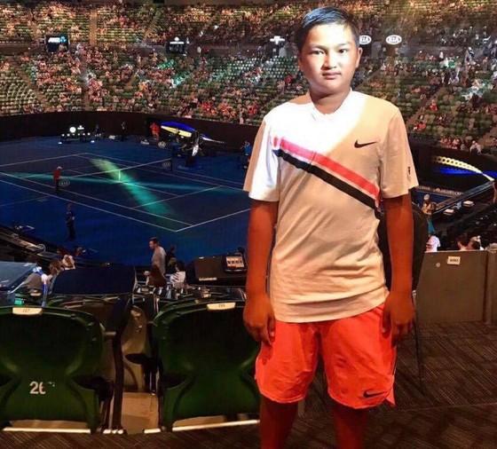 Tay vợt 11 tuổi Nguyễn Trung Nam vô địch cả U11, U13 giải quần vợt trẻ tại Australia  ảnh 1