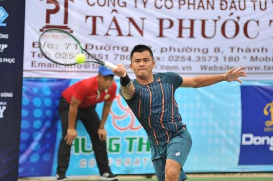 Lê Quốc Khánh có chiến thắng trong lần trở lại