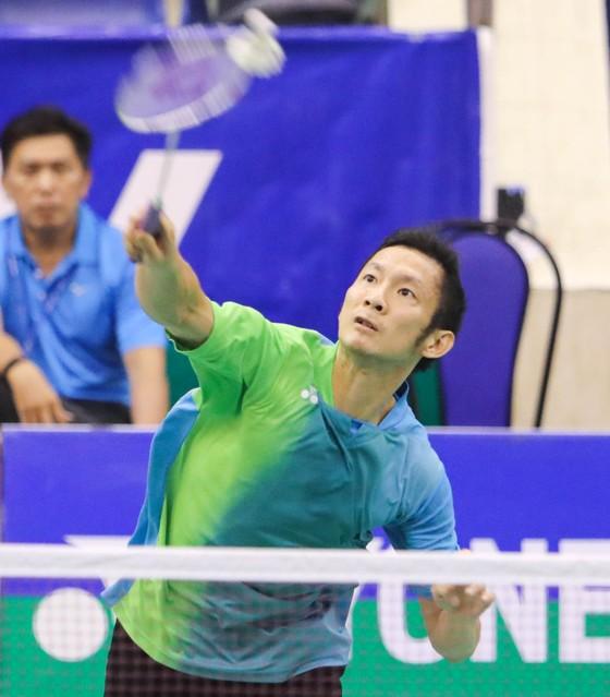 Tiến Minh vẫn thi đấu kiên cường ở tuổi 35.