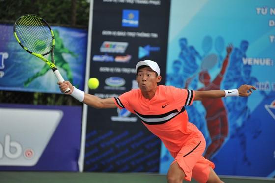 Lý Hoàng Nam vuột ngôi vương trước tay vợt 16 tuổi  ảnh 1