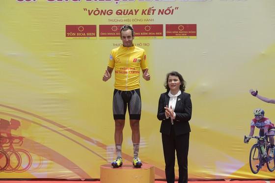 Phan Hoàng Thái giúp Domeso Đồng Tháp hoàn thành cú hattrick ảnh 3
