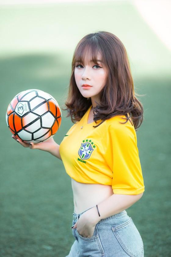 Ngọc Anh trong trang phục đội tuyển Brazil.