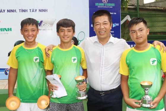 Tay vợt 15 tuổi lên ngôi giải U18 sau màn chạy đua thể lực ảnh 3