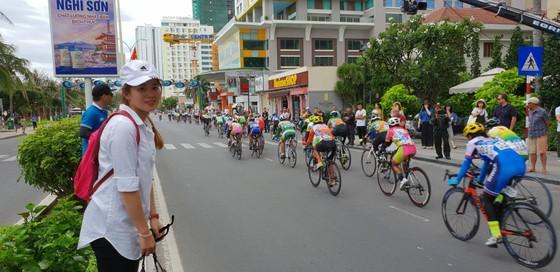 Giải xe đạp nữ quốc tế Truyền hình An Giang 2018: Jutatip thắng chặng đầu ảnh 1