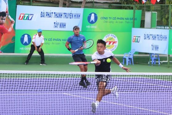 Hoàng Nam/Quốc Khánh có sự kết hợp khá ăn ý.