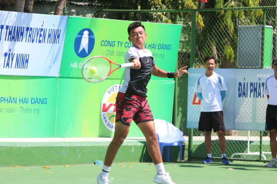 Lý Hoàng Nam khởi đầu thuận lợi ở giải quần vợt Men's Futures F5 Việt Nam