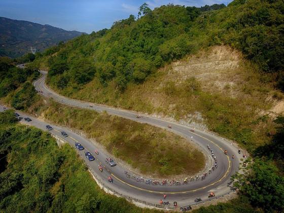 Cuộc đua xe đạp Cúp Truyền hình TPHCM trở lại cung đường đèo Khánh Lê ảnh 1
