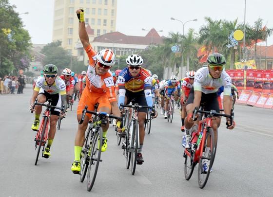 Pha ăn mừng chiến thắng của Lê Nguyệt Minh. Ảnh: NGUYỄN NHÂN