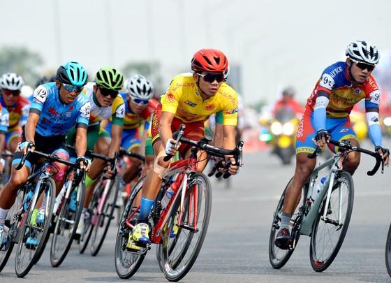Cúp xe đạp Truyền hình: Cú hattrick cho Lê Nguyệt Minh ảnh 2