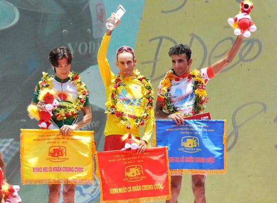 Các tay đua TPHCM thắng lớn tại giải xe đạp Cúp Truyền hình  ảnh 2
