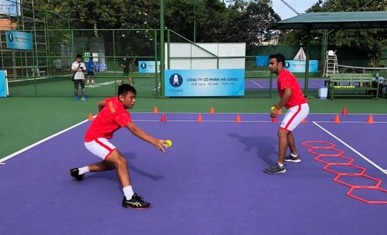 Lãnh đạo tỉnh Tây Ninh động viên đội tuyển quần vợt Việt Nam trước khi lên đường dự Davis Cup ảnh 2