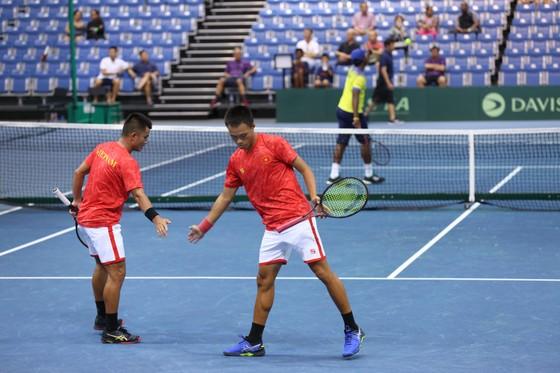 Đội tuyển quần vợt Việt Nam chạm một tay đến chiếc vé thăng hạng giải quần vợt Davis Cup ảnh 2