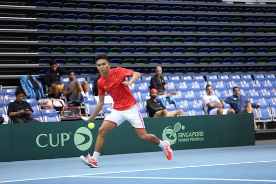 Tay vợt Trịnh Linh Giang có nhiều tiến bộ trong giải Davis Cup.