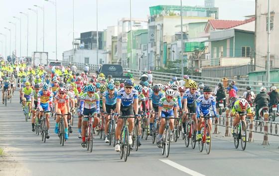 Giải xe đạp ĐBSCL: Các tay đua Đồng Nai thách đấu nước rút với TPHCM ảnh 3